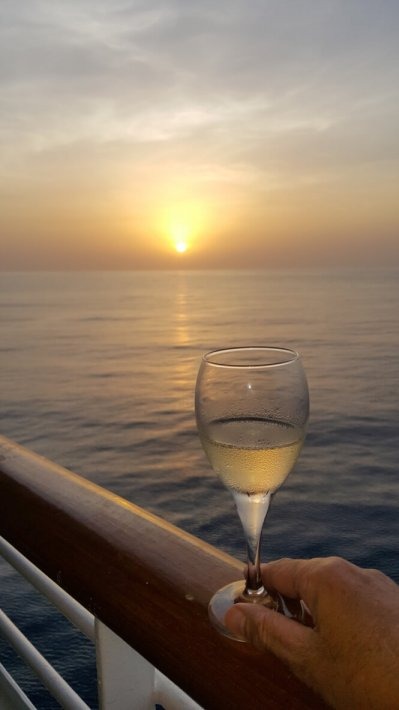 reasons to go on an around the world cruise